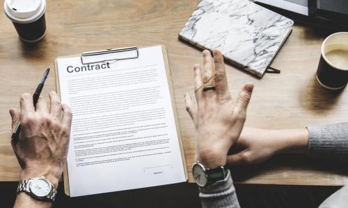В этом году вступают в силу изменения в законе о контрактной системе